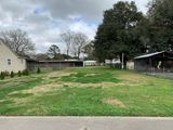 Neighborhood Commerical Lot in Broussard