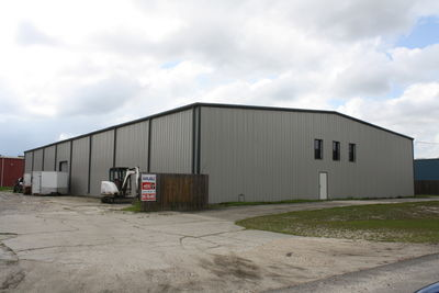109 Commercial Dr