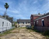 Vacant Lot with COM Zoning!